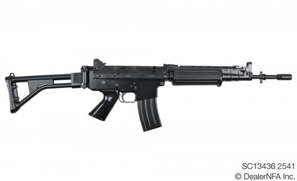 SC13436_2541_FNC_SH_Arms - 001@2x