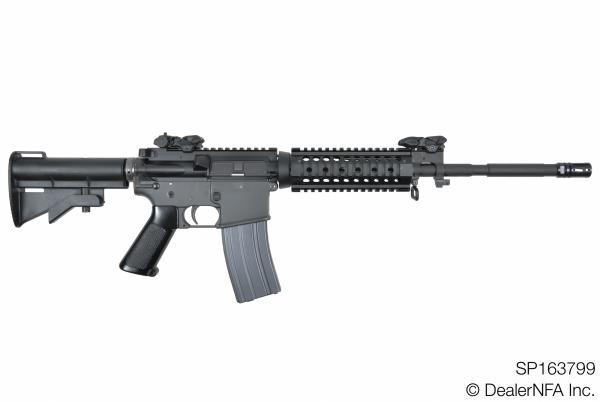 SP163799_Colt_AR15 - 001@2x